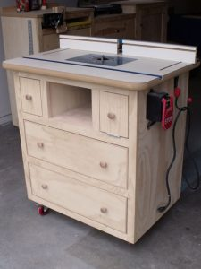 Ana-White Super Sleek Router Table and Cabinet
